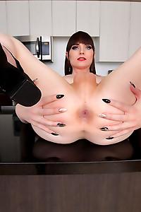 Natalie Mars - Taking a Black Clock