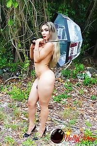 Hung Tranny Nelly Ochoa outdoors