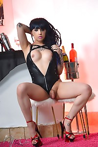 Kelly's serving her hard, throbbing and juicy cock-tail! Cum and take a sip