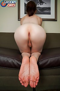 Freckled T-Girl With Wonderful Ass