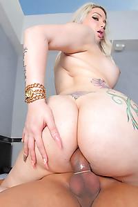 Big Ass Latina Tranny Banged Hard