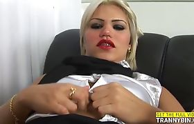 Horny Tranny Cant Resist a Good Fuck