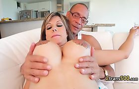 Milf shemale banged at the gyim
