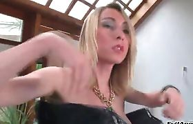 passionate sexy nude women