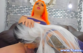 Two Hot Couple BlowJob And Masturbate Her Huge Cock