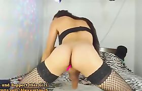Latina Transbabe Wanks Her Dick In A Solo