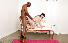 Transbabe Natalie in her first interracial butt with Sean