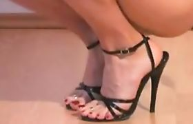 Feminization of male body and feet in a temporary sexch