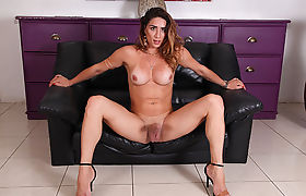 Too slutty Latina Tgirl Adriana Rodrigues goes masturbation