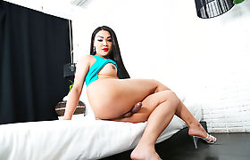 Lonnghair Asian Tbabe Fanta stripped her cloths and masturbates solo