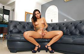 Busty latina Tgirl Pamella Surfistinha jerks off her shecock