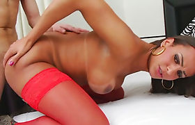 Sexy tranny Lavany Bittencourt analyzed by hard man meat