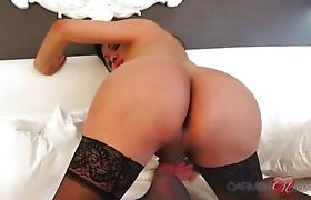 Busty Carmen strokes up and down