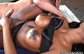 Latina Tgirl Jennifer meets a hard cock