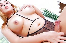 Big boobs shemale danced for client before masturbaton