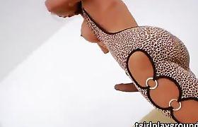 Tgirl Sabrina Suzuki tries her new sex toy into her she shaft