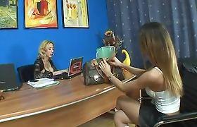 Sabrina De Paula Meets Laura Ferraz