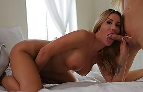 Gorgeous Shemale Marissa Minx gets intense anal sex