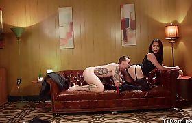 Big cock tranny anal fucks guy in hotel