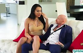 Hot Latina Tranny Chanel bangs FTM Bucks pussy