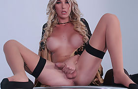 TS Aubrey Kate throats and swallow dudes cock and cum