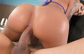 Latin Tgirl Laysa Gets Her Ass Pounded