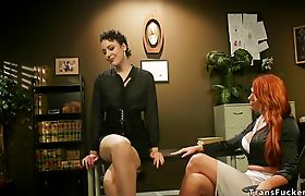 Attorney anal fucked by hot shemale