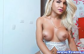 Sexy Tranny Playing her Ass with Vibrating Toy