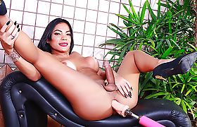 Big Dicked Tgirl Janny Costa Takes Her Fucking Machine for a Ride