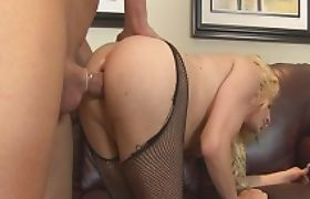 Big tits blonde shemale Tyra Scott gets her asshole ripped