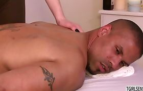 Fair hot shemale Vixen gives a massage sex to hunk stud