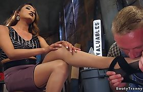 Tranny and craftsman fucking each other