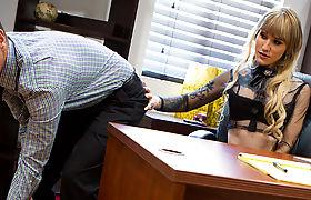 TS boss gagging on employee's dick