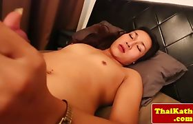 Petite modeling thai tgirl dildo playing with ass