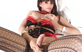 Shemale cumshot very hot travesti gozando