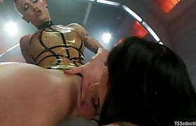 Gothic Shemale Danni and Gia Get Hot and Nasty