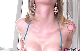 Trans babe solo tugging