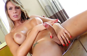 Big tits shemale Camyle Victoria jerks off and toys her ass