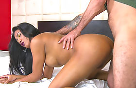 Curvy shemale gets her asshole banged by fat hard cock