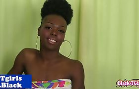 Bigdick ebony tgirl rubs her meaty shaft