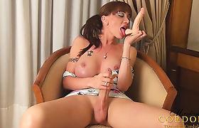 Mariana Cordoba licking a dildo
