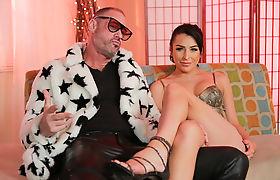 Tattooed T-girl Chanel Santini fucks Arclyte banghole