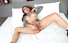 Gorgeous asian shemale Anna expert blowjob performance