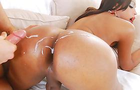 Tranny Girl Valerya Leal Enjoys Sex With Her Man