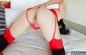 Asian tranny Yuri Myeon in lingerie handjobs her cock