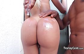 Big booty tgirl fuck fat black cock