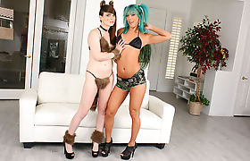 Ts bomshells Kendra Sinclaire and Natalie Mars anal fucking