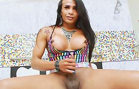 Big booty tgirl Lorraine Martins jerks off till she cums