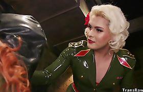 Redhead spinner spy fucked by tranny