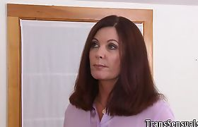 Trans babe tugs and cums